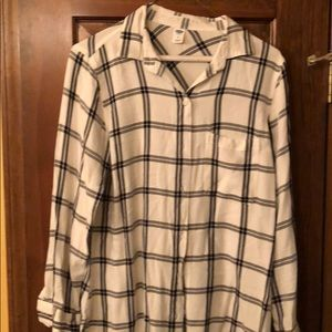 White and black Old Navy button up